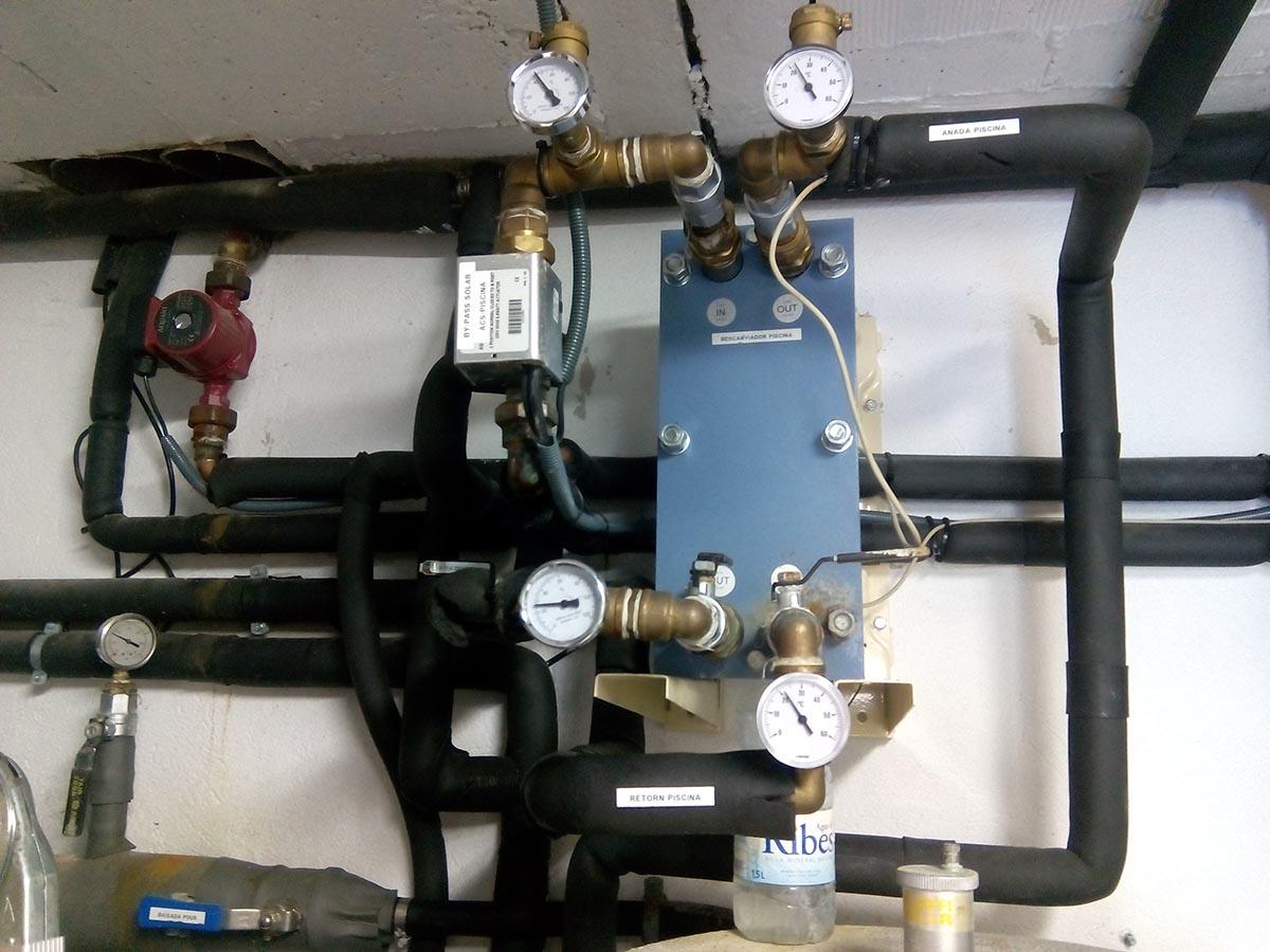 Manteniment instal·lacions d'energia solar tèrmica, geotèrmia i abastament d'aigua de pou a Sant Salvador de Guardiola