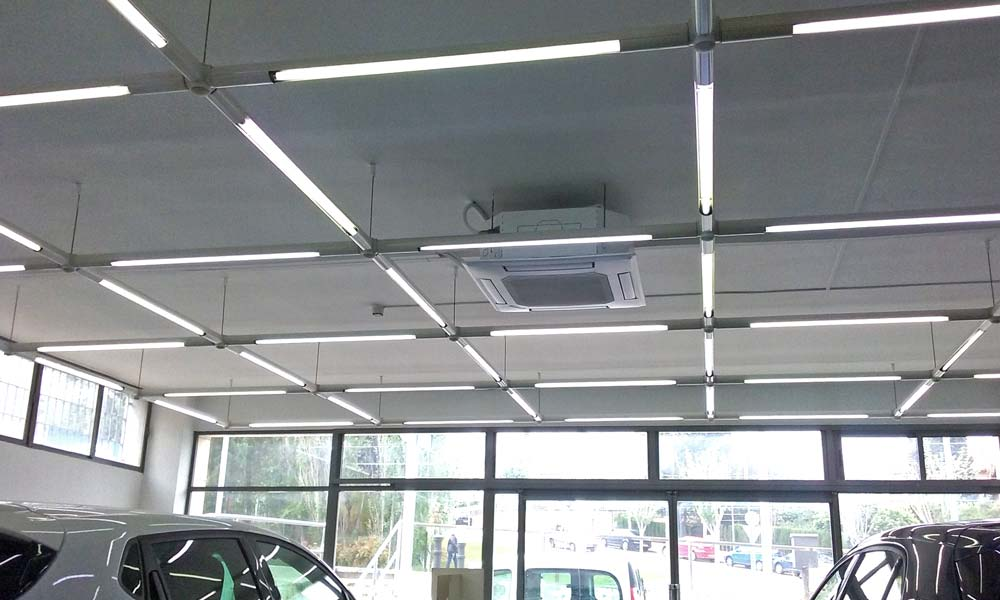 Instal·lació lluminàries LED a Martorell